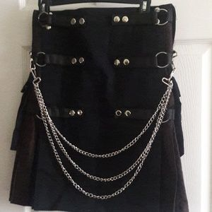 Other - Cargo kilt with chain